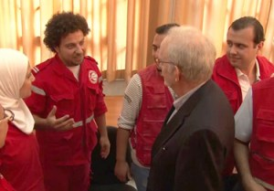 "Mr. Lake meets with young volunteers from the Syrian Arab Red Crescent and notes their efforts in assisting with immunizations and other medical needs. ""I could not admire you all more. I could not thank you all more,"" Mr. Lake told them. © UNICEF Video"