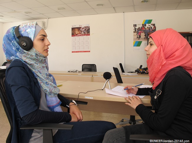 Jumana (left) and Salwa (right) at 'My Voice, My Story' workshop. ©UNICEF/Jordan-2014/Lyon