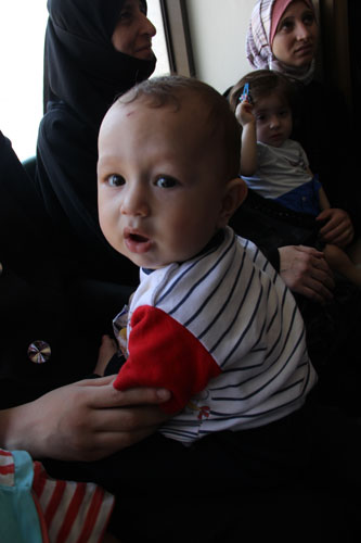 طفلة مهّجرة عمرها 7 أشهر ظهرت عليها أعراض الحصبة الأسبوع الماضي