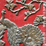 red-chinese-door-decorations-detail