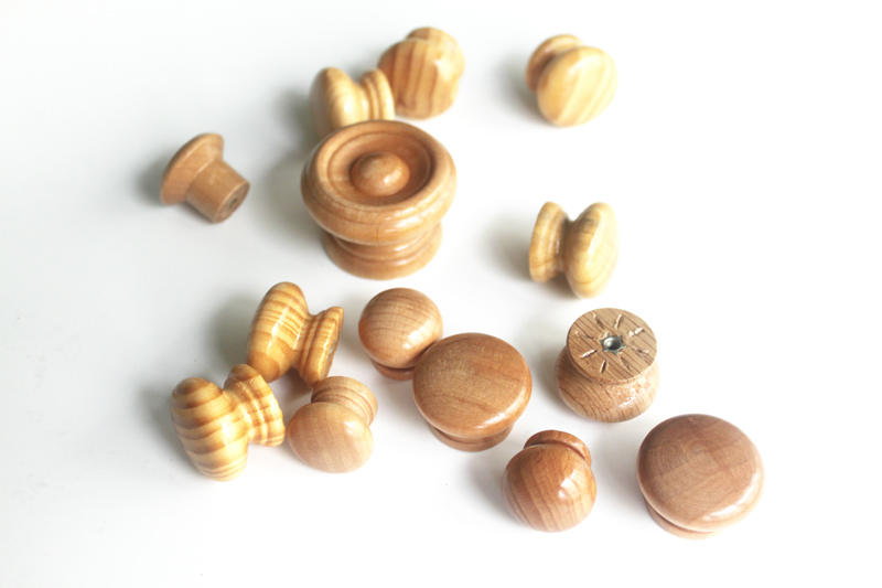 Kitchen Cabinets Direct From Manufacturer Small Round Wooden Knobs - Wooden Cupboard Knobs - China