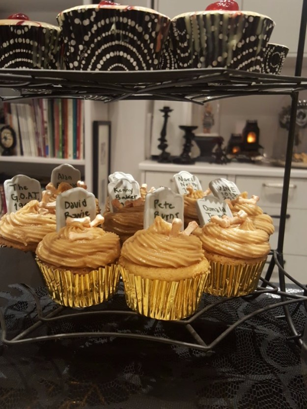 Halloween cupcakes Suzanne Forbes 2016