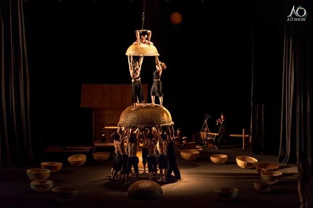 Espetáculo circense vietnamita A O Lang Pho – O Vilarejo e A Cidade abre a quarta edição do CIRCOS - Festival Internacional Sesc de Circo