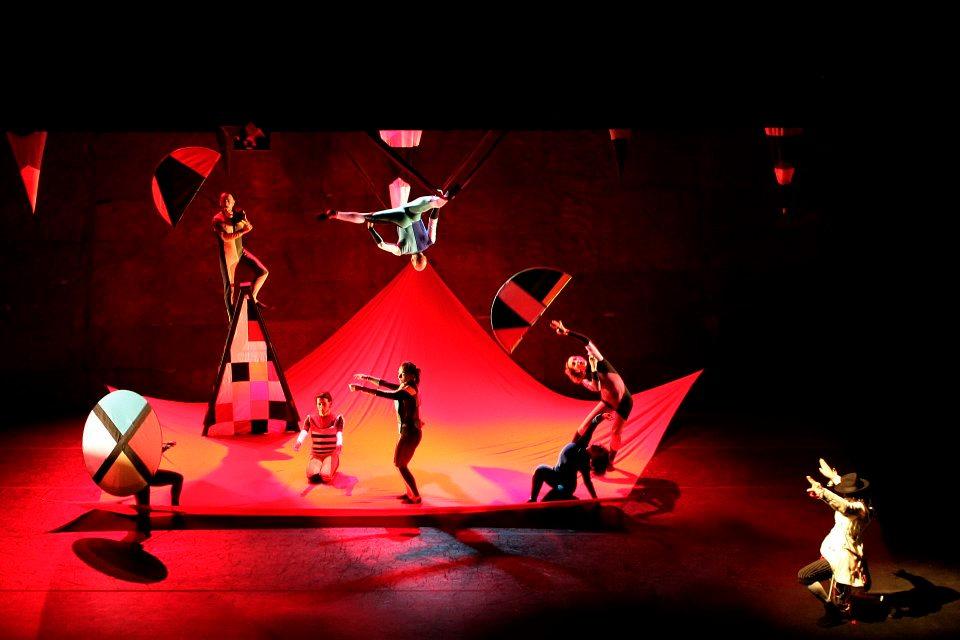 Sesc Vila Mariana apresenta espetáculo de dança para o público infantil, inspirado na obra de Kandinsky