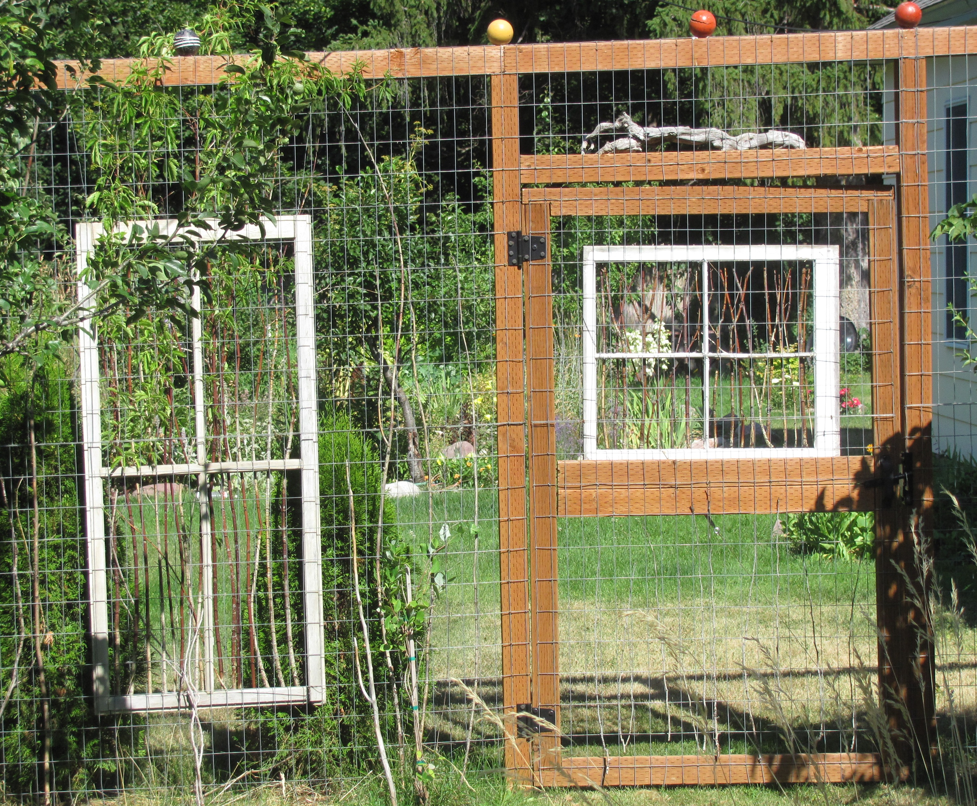 Diy Garden Window Plans Creative Fence Design Diy Ideas For Your Own Front Yard