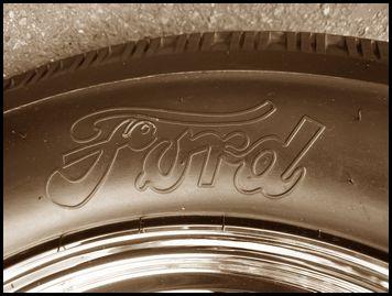 Ford Tirekj