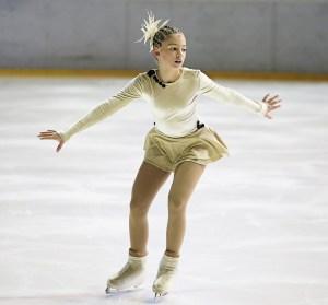 figure-skater-266512_960_720