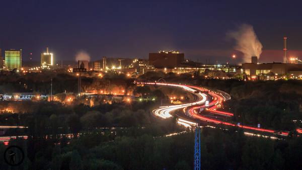 Duisburg bei Nacht