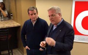 Glenn Beck & Ted Cruz. Photo credit: WND.com