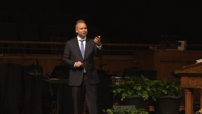 jeremiah-preaching-8am_002