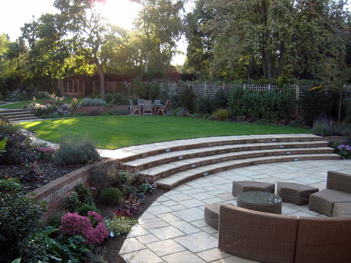 Circular Stone Garden Table Christine Lees Garden Design - A Garden In Hertfordshire