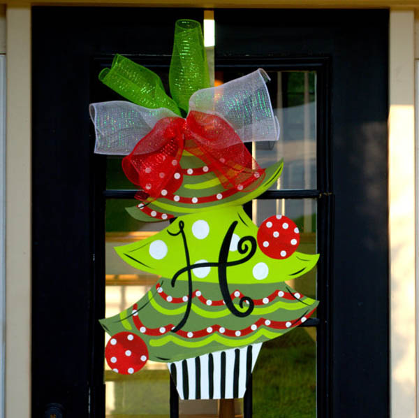 Top Christmas Door Decorations