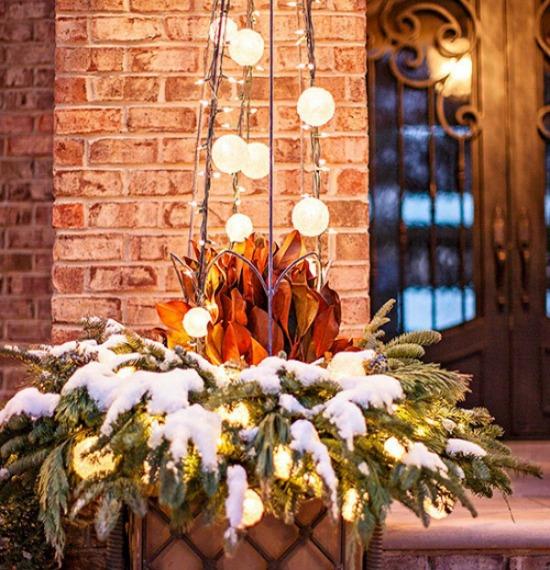 Outdoor Christmas Decoration Ideas 20 outdoor christmas light - christmas decorations for outside