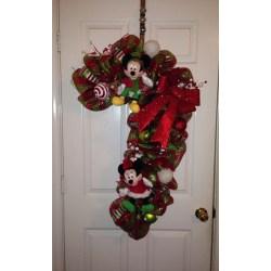 Small Crop Of Christmas Door Decorating Ideas