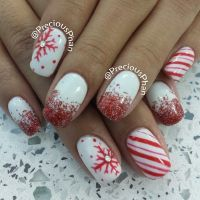25 Most Beautiful and Elegant Christmas Nail Designs ...