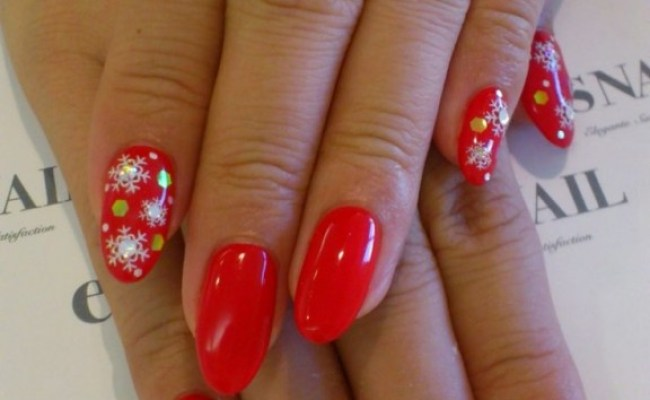 30 Most Cute Christmas Nail Art Designs Christmas Celebration All About Christmas
