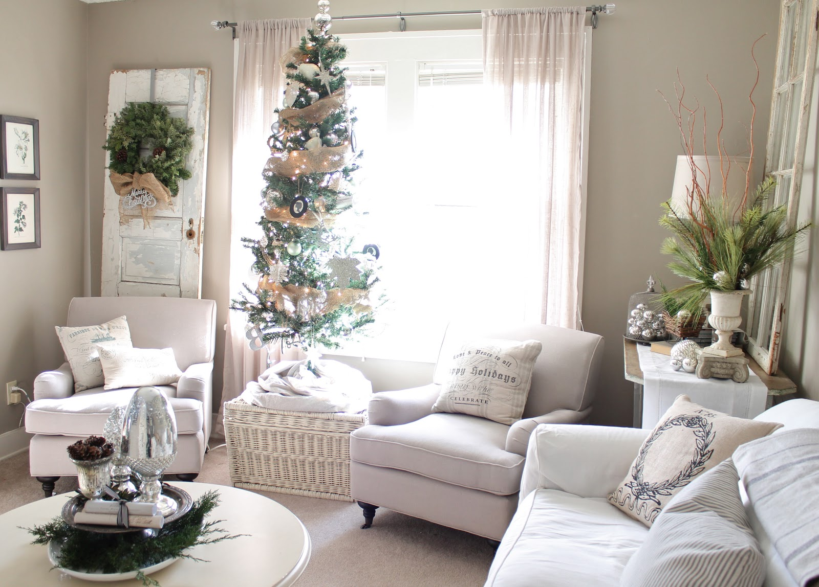 White On White Living Room Top White Christmas Decorations Ideas Christmas
