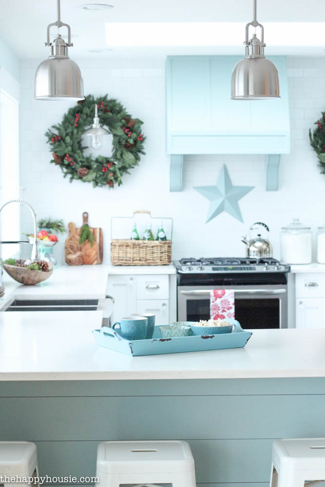 Top 40 Holiday Decoration Ideas For Kitchen u2013 Christmas Celebrations - christmas kitchen decor
