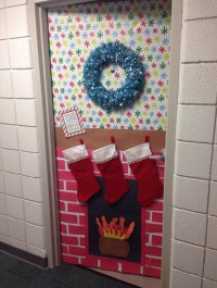 Christmas Door Decorations On Pinterest