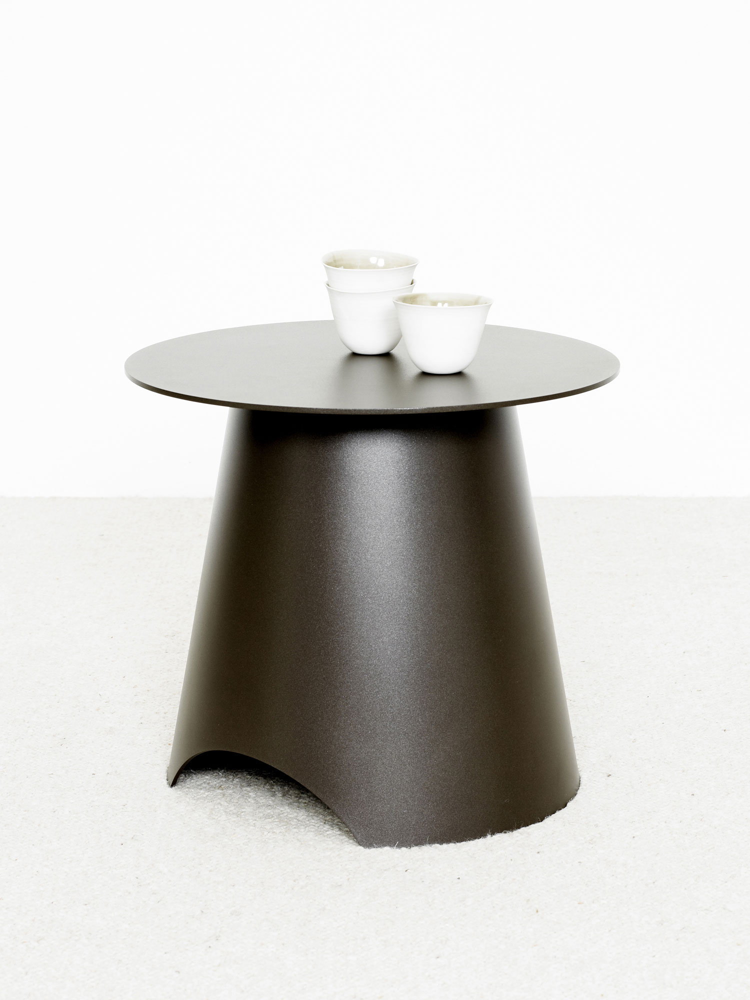 Max A Table Table Appoint Max Acier Christophe Delcourt