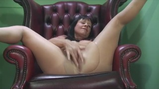 Sexy Milf Teases in Pantyhose