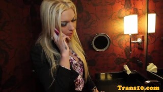 Glamcore TS escort gives pleasure for cash