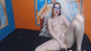 Slutty Blonde Babe Masturbate her Pussy