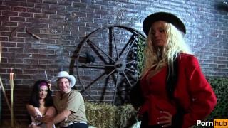 busty bounty - Scene 4