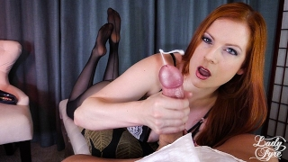 Secretary Sucks & Edges a Juicy Cock