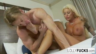Hot blonde Lolly makes it up to him with sex