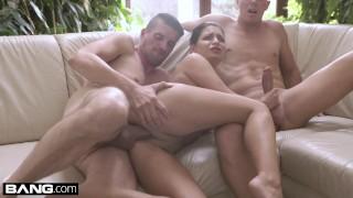 Glamkore - Annie Wolf has a sensual DP session