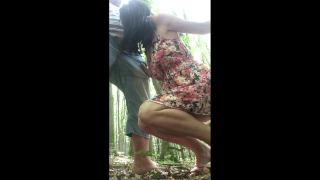 FIRST CREAMPIE AND BLOWJOB OUTDOOR IN A PUBLIC PLACE !