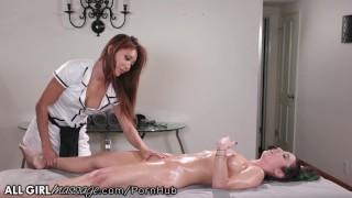 Russian Speaking Asian Masseuse Ayumi Anime Gives Best Massage!