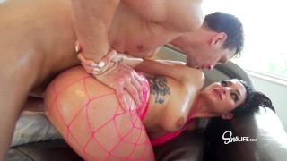 Markus Dupree fucks Kissa Sins squirting covered in OIL