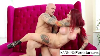 Sexy Tana Lea gets nude on the couch