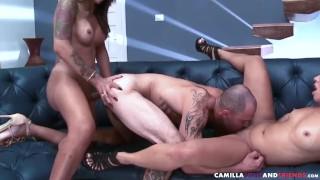 Threesome shemale sucked