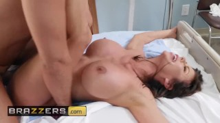 Brazzers - Hot milf nurse Alexis Fawx Fucks the Pain Away