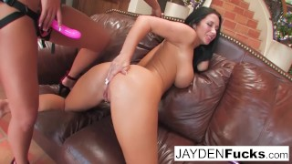Phoenix gives Jayden a lesson in anal action