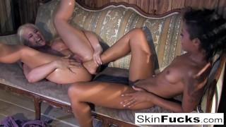 Skin Diamond's lesbian Dr. Who anal with Leya Falcon