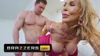 Brazzers - Busty blonde milf Erica Lauren gets big dick for motherday