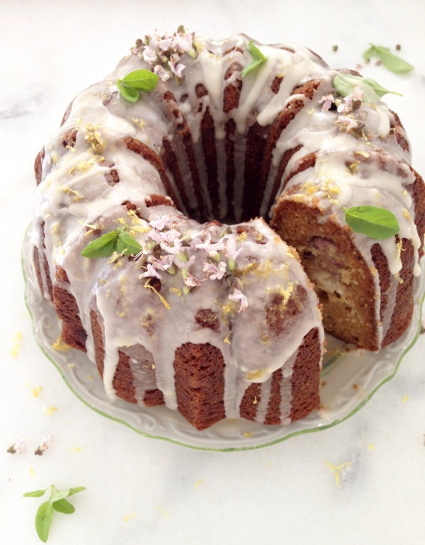 olive oil banana bread bundt cake recipe to die for mascarpone olive ...