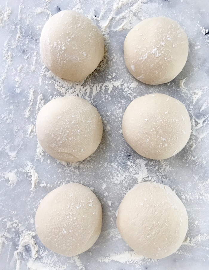 An easy step by step tutorial on how to freeze pizza dough at home.