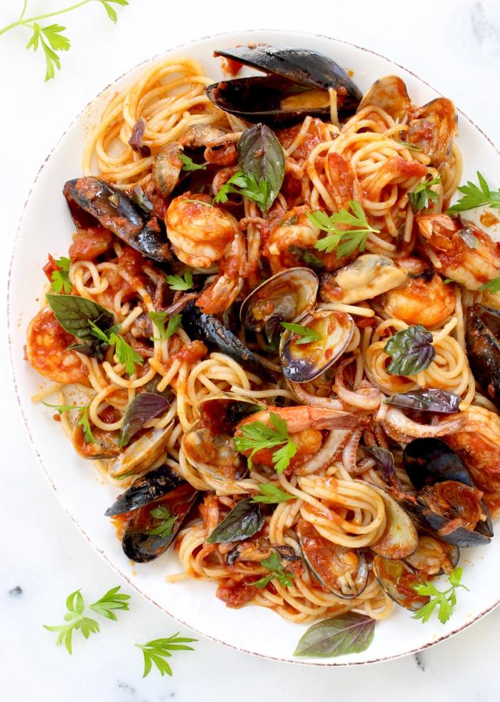 Seafood Spaghetti Recipe ( Spaghetti Frutti di Mare ) • Ciao ...