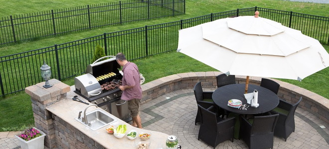 Gasgrill Küche Indoor 8 Mistakes To Avoid When Planning Your Outdoor Kitchen | Doityourself.com