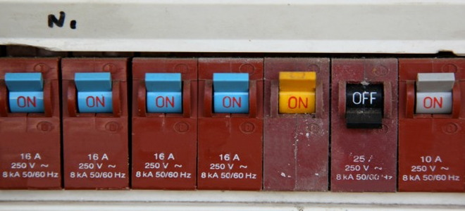 Push Button Fuse Box Vs Breaker Box Wiring Schematic Diagram