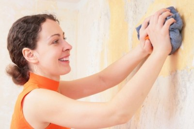 How to Remove Wallpaper Glue from Drywall | DoItYourself.com