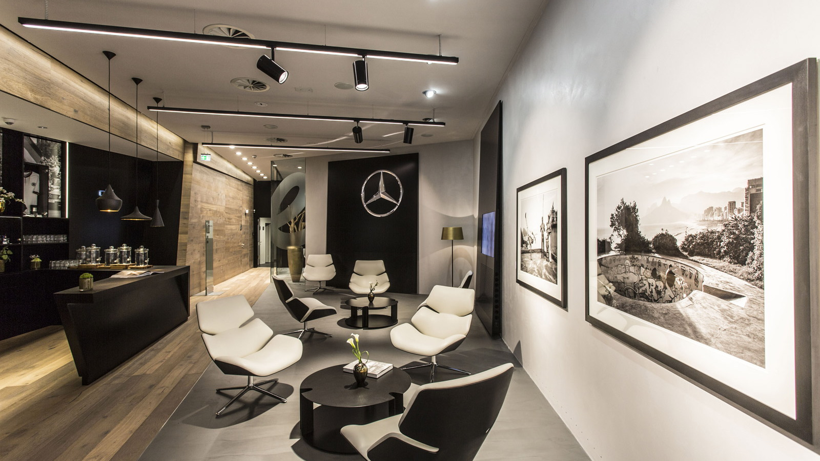 Pop Up Store Hamburg Mercedes-benz Chooses Hamburg For First 'mercedes Me' Store