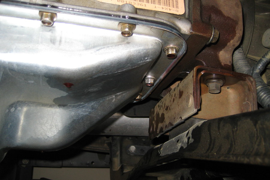 Ford F150 F250 Transmission Leaks What Causes - Ford-Trucks