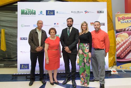 Brando Hidalgo, Lidia Bastos, Pablo Llovera, Marianne Eckhardt y Hector Moreta