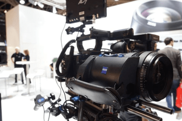 Prototype of the ZEISS Servo Unit for Compact Zoom CZ.2 cine lenses